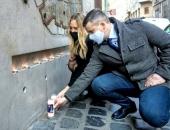 Erős gesztus: Jakab Péter a gettó felszabadításának emlékére gyújtott gyertyát