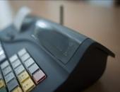 A kormány szerint természetesen a kereskedők hibája, ha nem sikerült időben online pénztárgépet szerezni