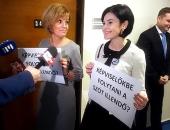 Úgy beprovokálták a Fideszt az ellenzéki képviselőnők, hogy a helyesírási szótár adta a másikat